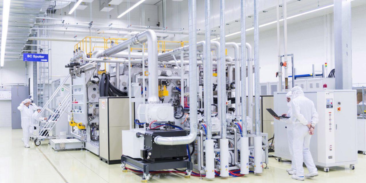 A Flisom napelem-paneleket előállító gyárat épít Kecskeméten