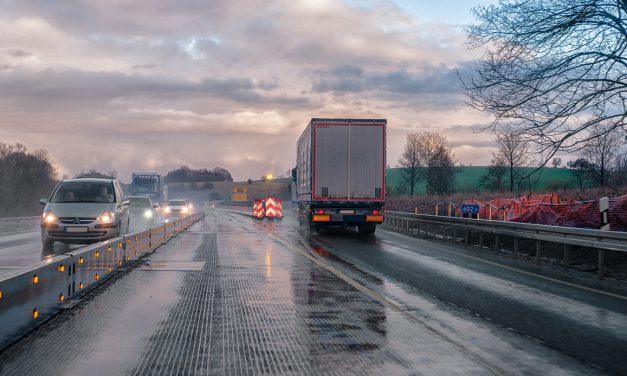 Megkezdődött a veszprémi déli elkerülő út bővítése