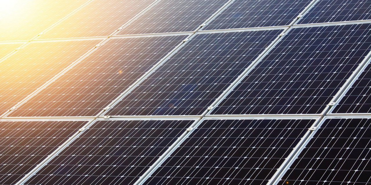 A napenergia térnyerésével csökkent Magyarország energiafüggősége