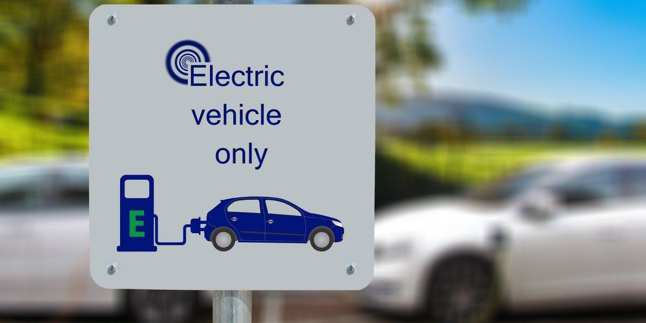 Az európai elektromos autók piaca öt év után megelőzte a kínai piacot