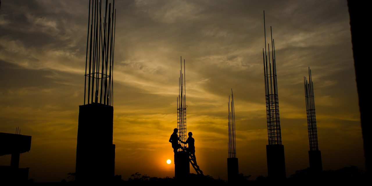 Stabil piaci környezetre és a beruházások ösztönzésére van szükség az építőipar erősítéséhez