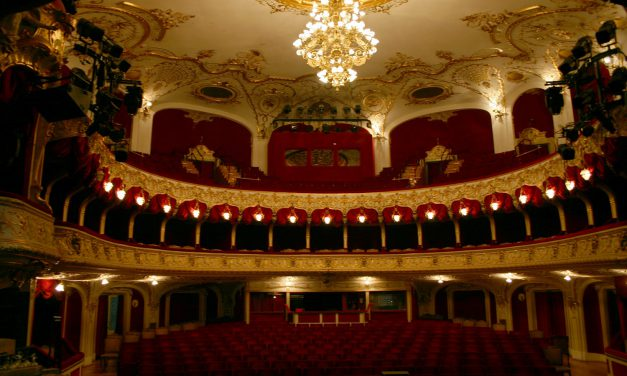 Megkezdődik a kecskeméti színház felújítási munkálatainak tervezése