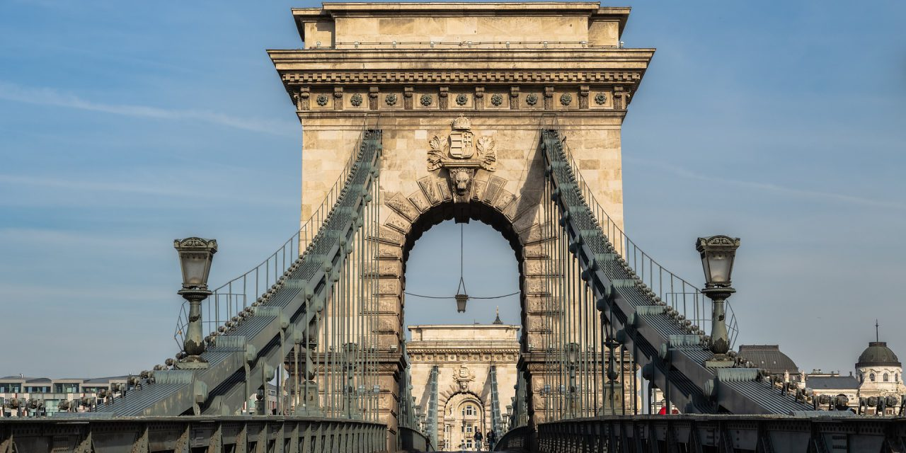 Eldőlt: az A-Híd Zrt. újíthatja fel a Lánchidat