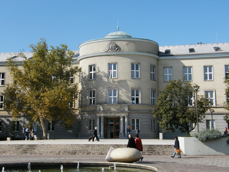 Dunaújváros lesz a hazai nukleáris technológiai gyakorlati képzés és fejlesztés hazai központja