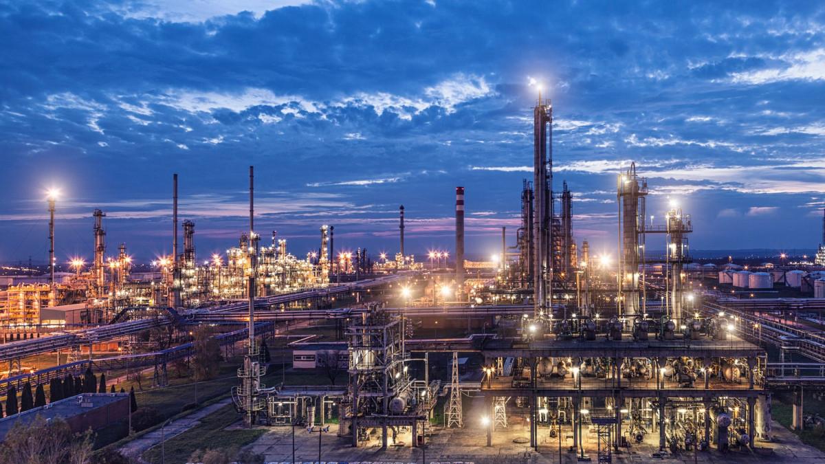 Megkezdődött a bioüzemanyagok előállítása a Dunai Finomítóban