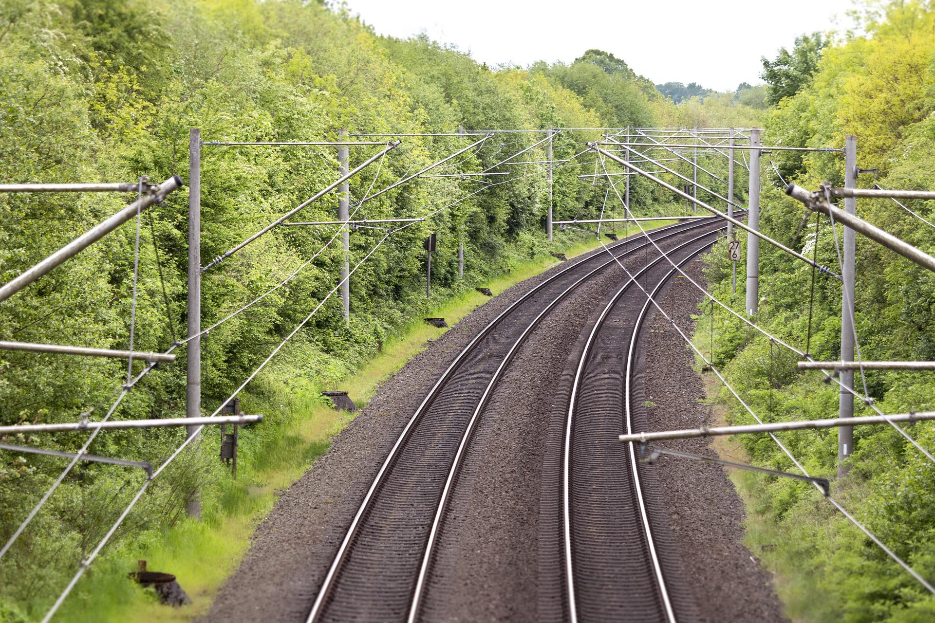 Két vasúti fejlesztés előkészítéséhez pályázik támogatásra Magyarország