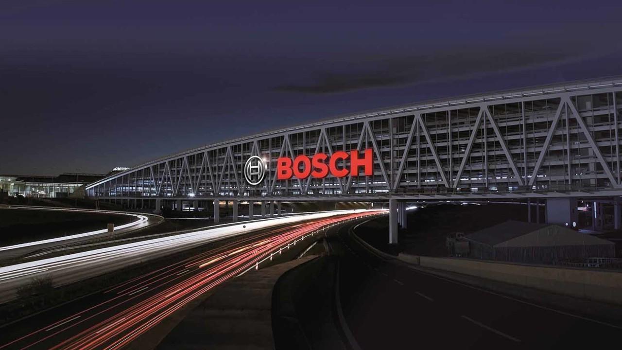 A Bosch legalább húsz évig foglalkozik még robbanómotorokkal