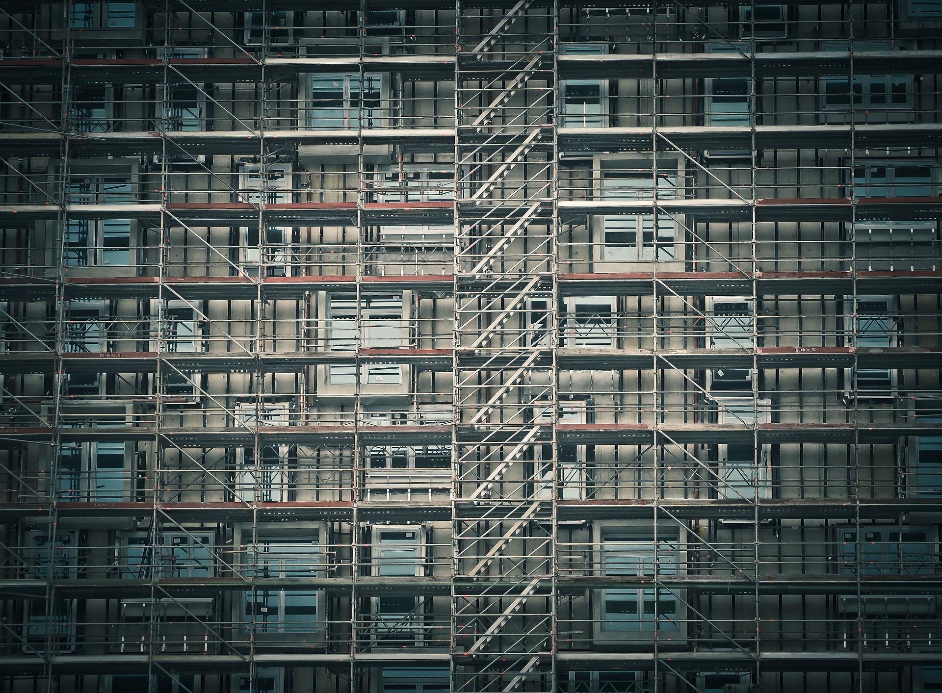 Februárban csökkent az euróövezet építőipari termelése