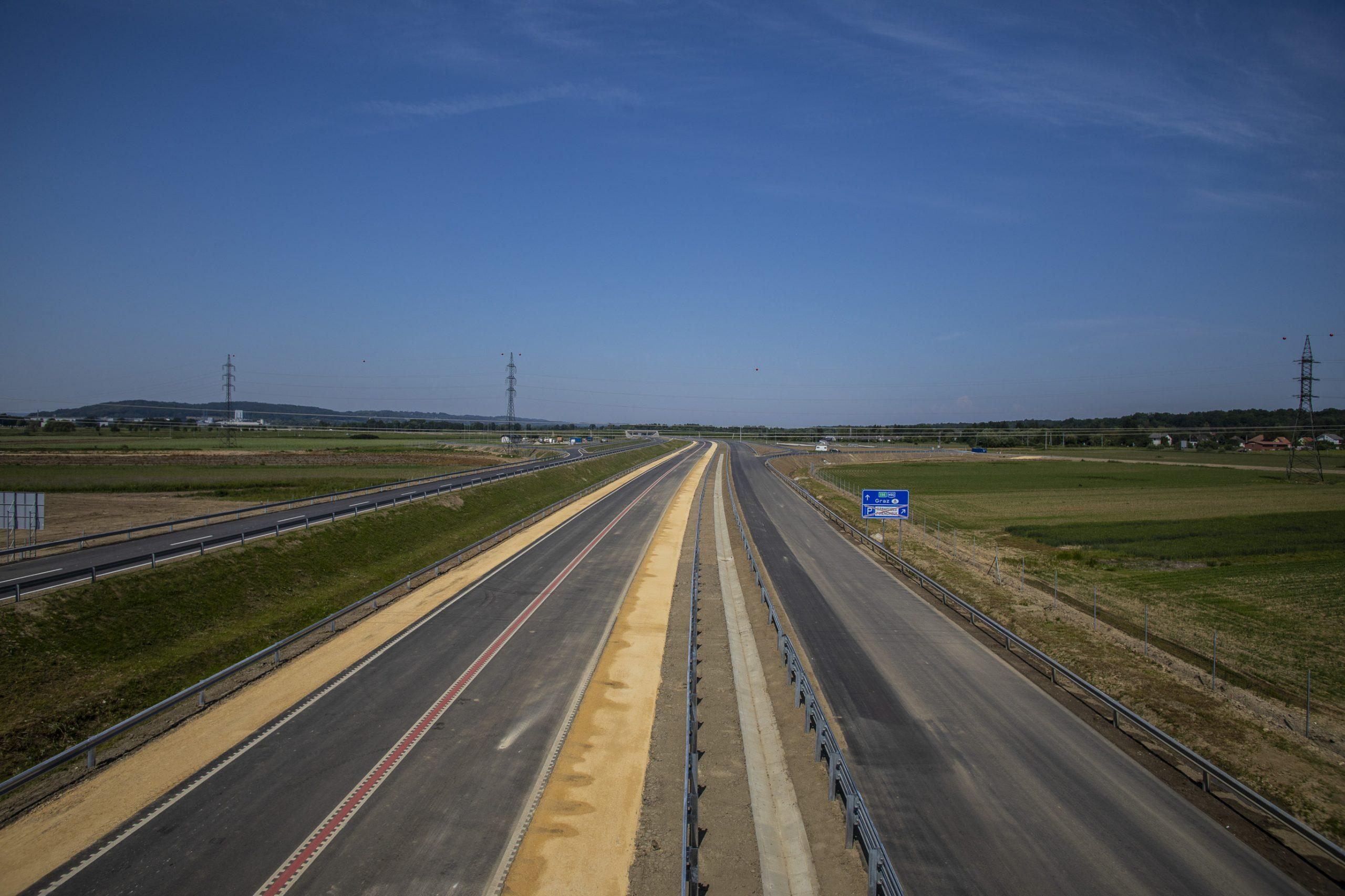 Gyorsforgalmi útszakaszt helyeztek forgalomba a Nyugat-Dunántúlon