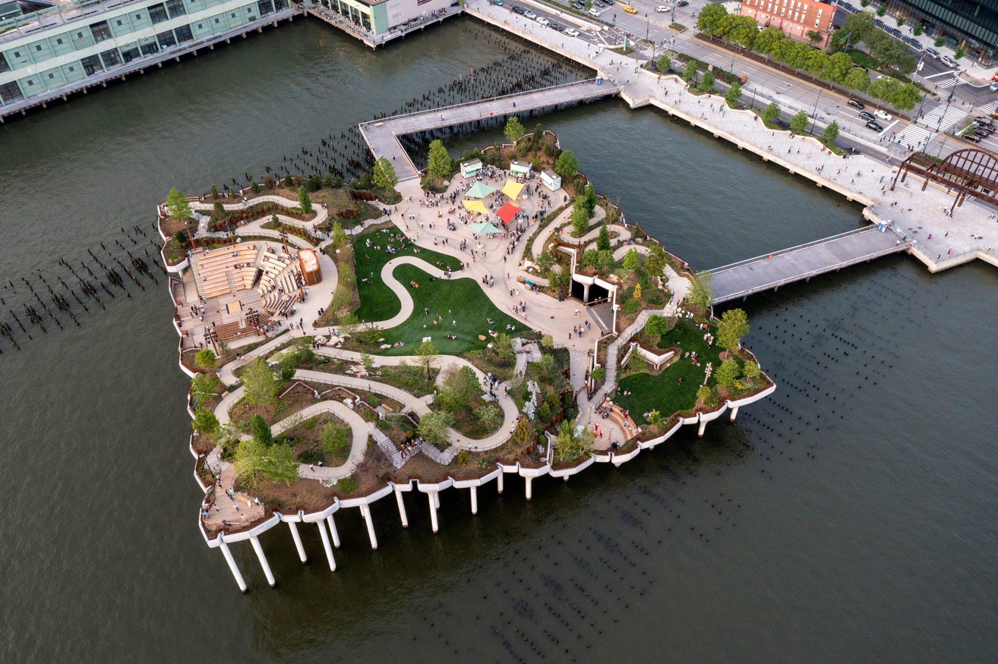 Mesterséges sziget New York új szabadidős helyszíne