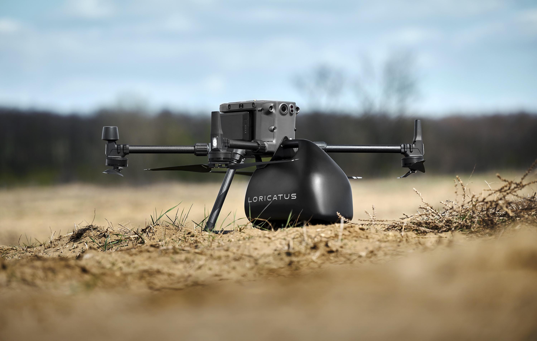 A világon egyedülálló drónra szerelhető szállítódobozt fejlesztettek