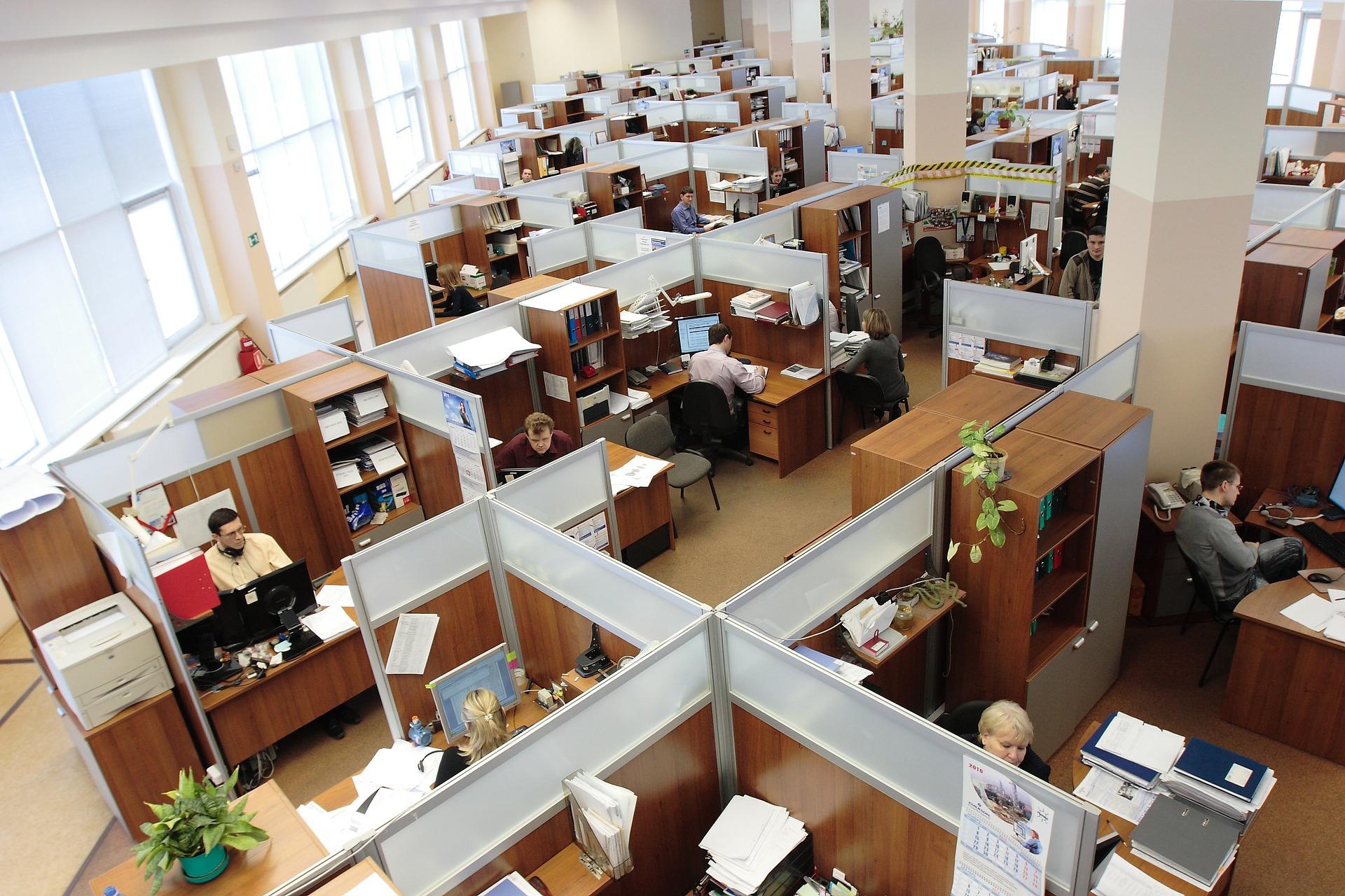Egymillió egészséges évet veszítünk az irodai zajszennyezés miatt