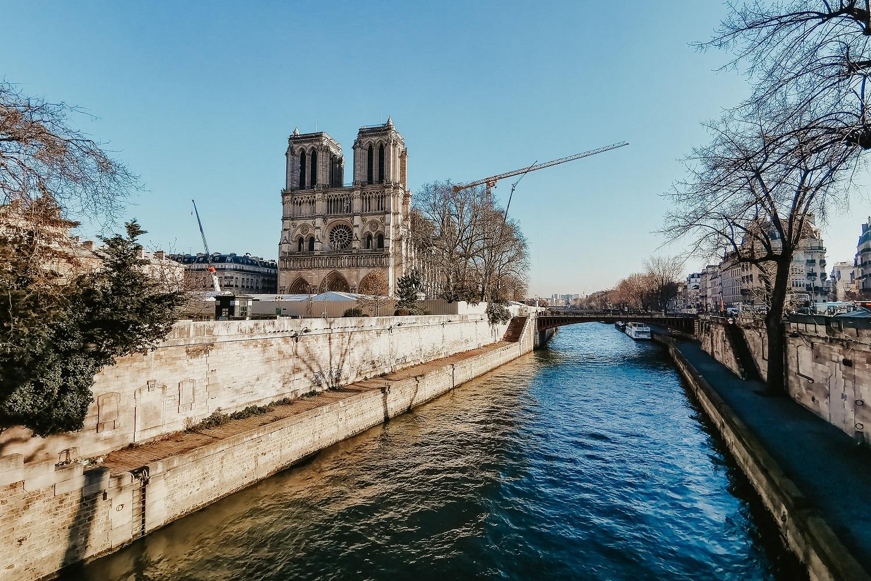 Befejeződött a katedrális szerkezeti biztosítása