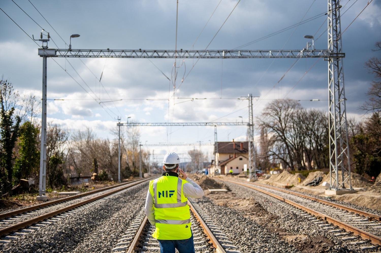 Mosóczi László: hatezer milliárd forintot szánnak vasútfejlesztésre