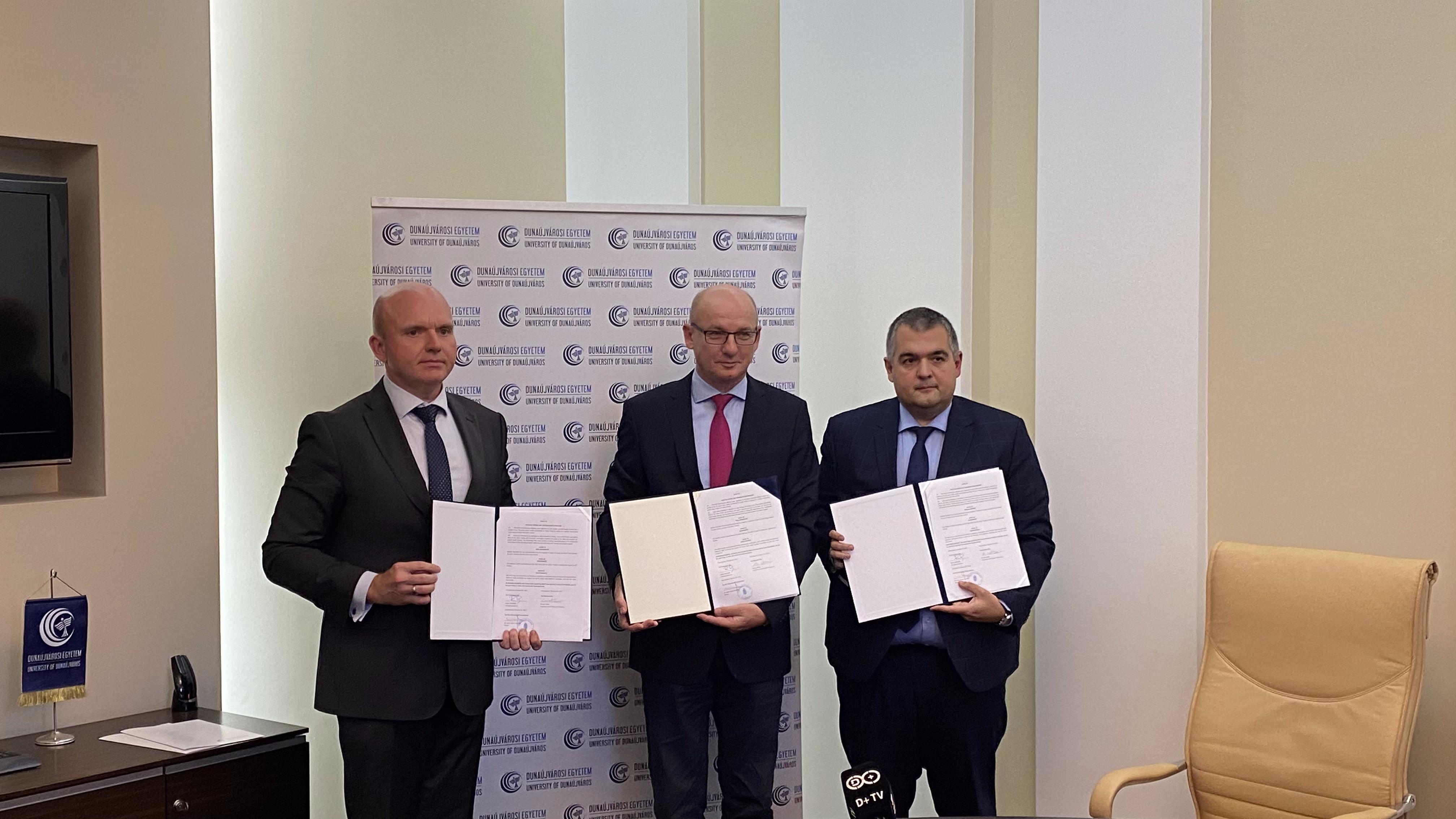 Háromoldalú együttműködési megállapodást írt alá a Dunaújvárosi Egyetem, a Hunatom és a Framatome