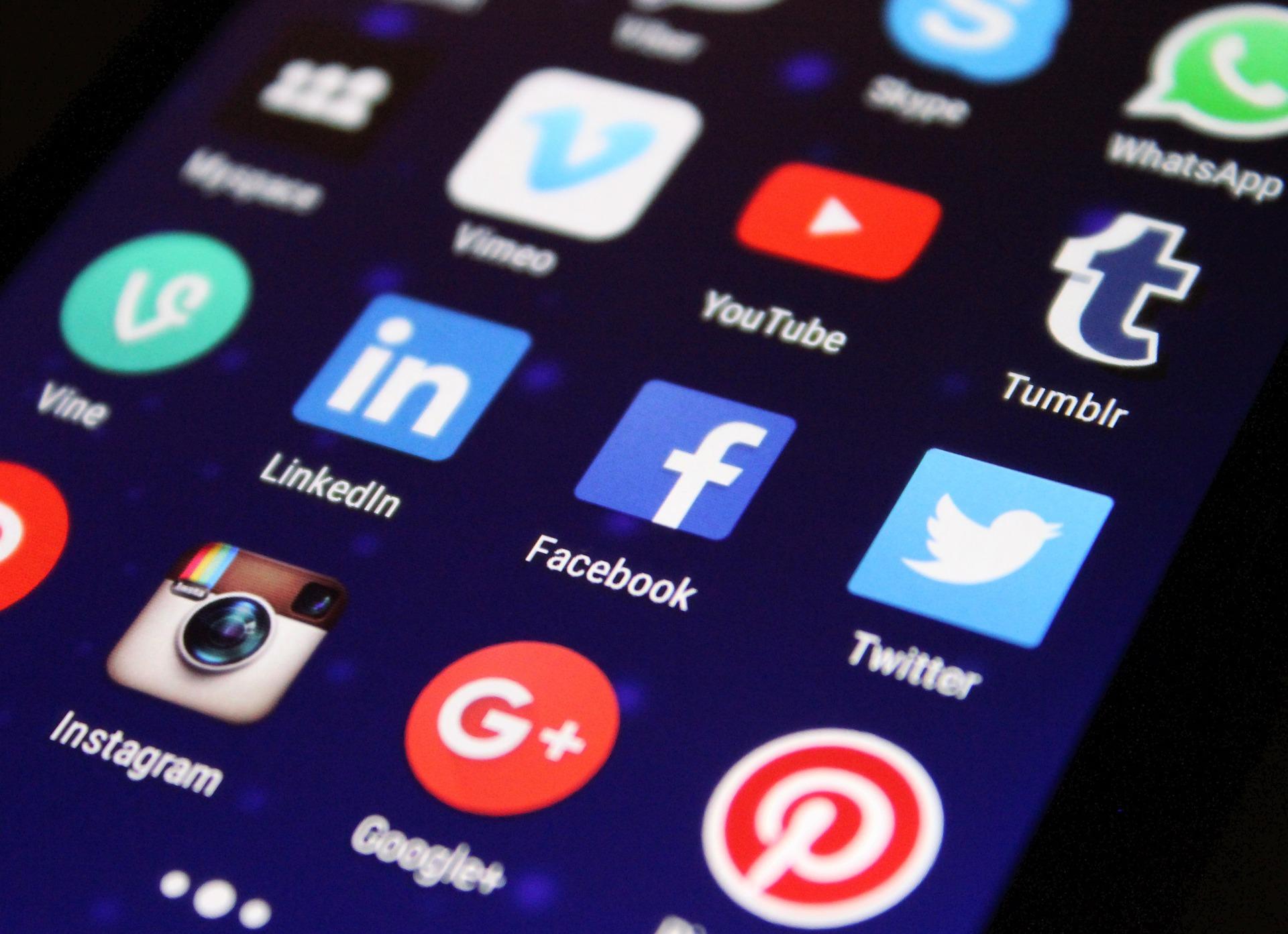 Új generációs internethálózat épül ki a siófoki járásban