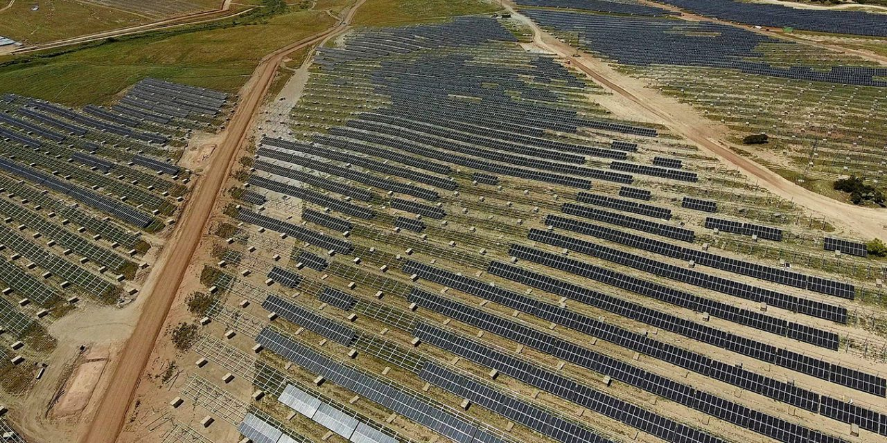 Tesztüzemmódban Európa legnagyobb naperőműve