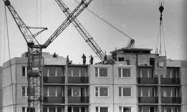 Paneles szerkezetű lakóépületek felújítása