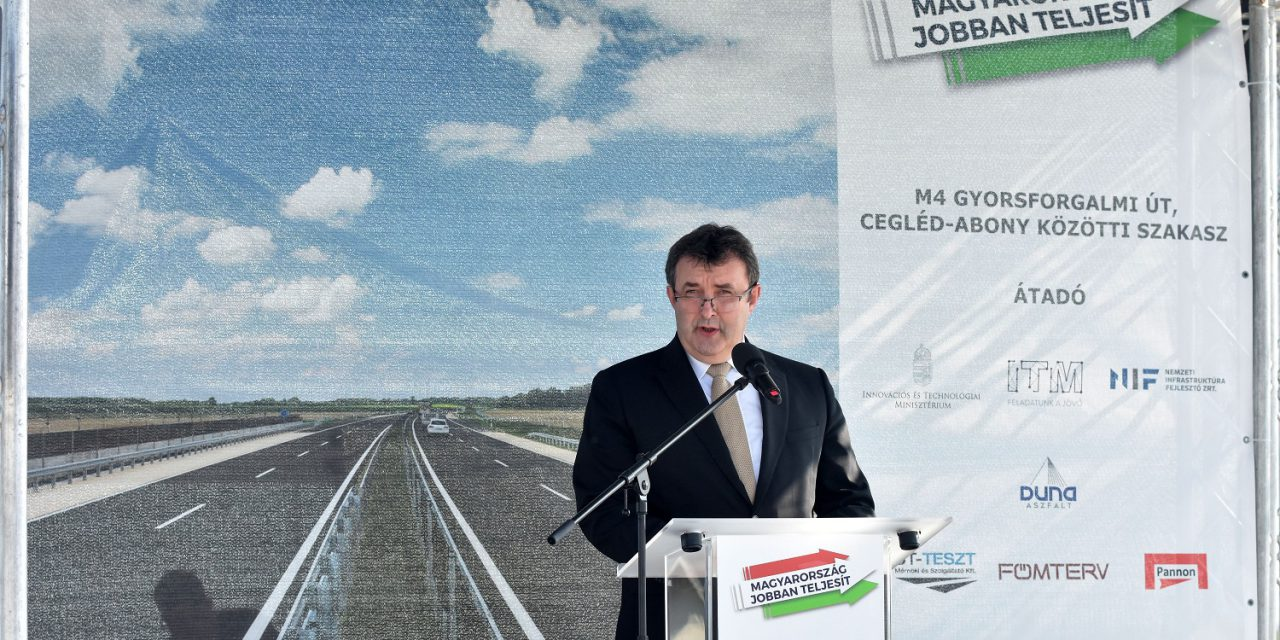 Elkészült az M4 gyorsforgalmi út teljes Pest megyei szakasza