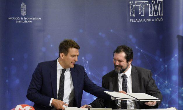 Együttműködési megállapodást írt alá az ITM és a kecskeméti Neumann egyetem