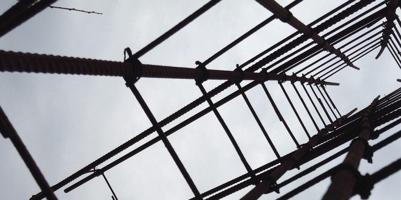 Építőipar: szakemberhiány és a megrendelések elmaradása