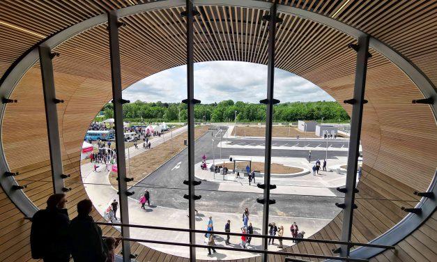 Futurisztikus gyalogoshíd Dánia új büszkesége