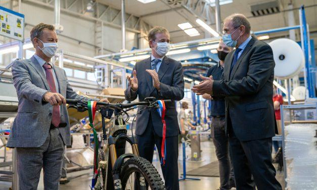 Mérföldkő a hazai elektromoskerékpár-gyártásban