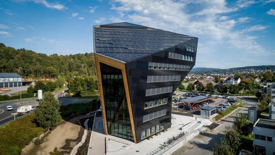 Karbonsemleges norvég irodaház