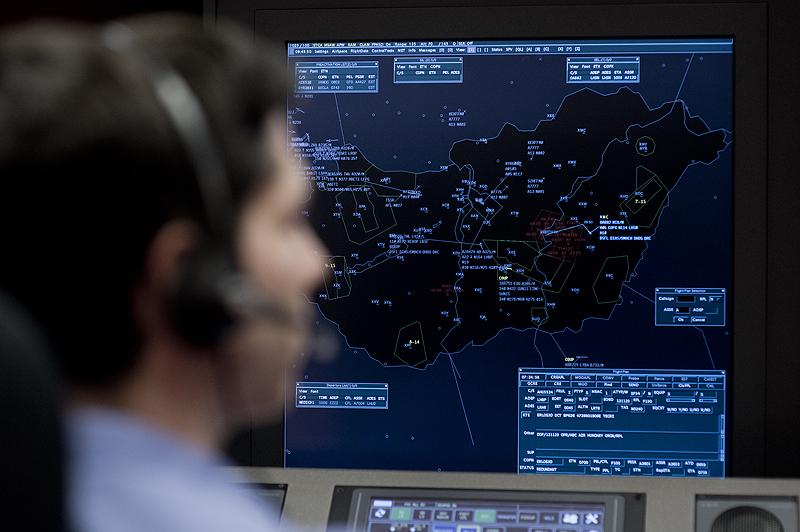 Több mint félmillióval kevesebb gépet kezelt tavaly a HungaroControl