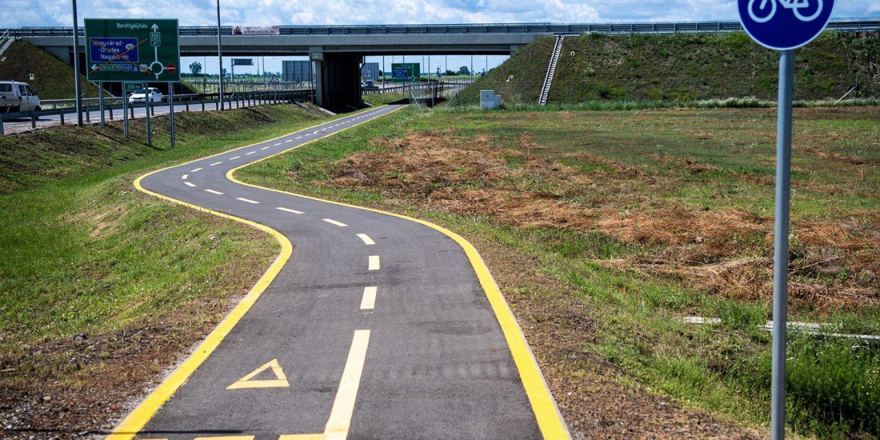Egymást érik a kerékpáros fejlesztések