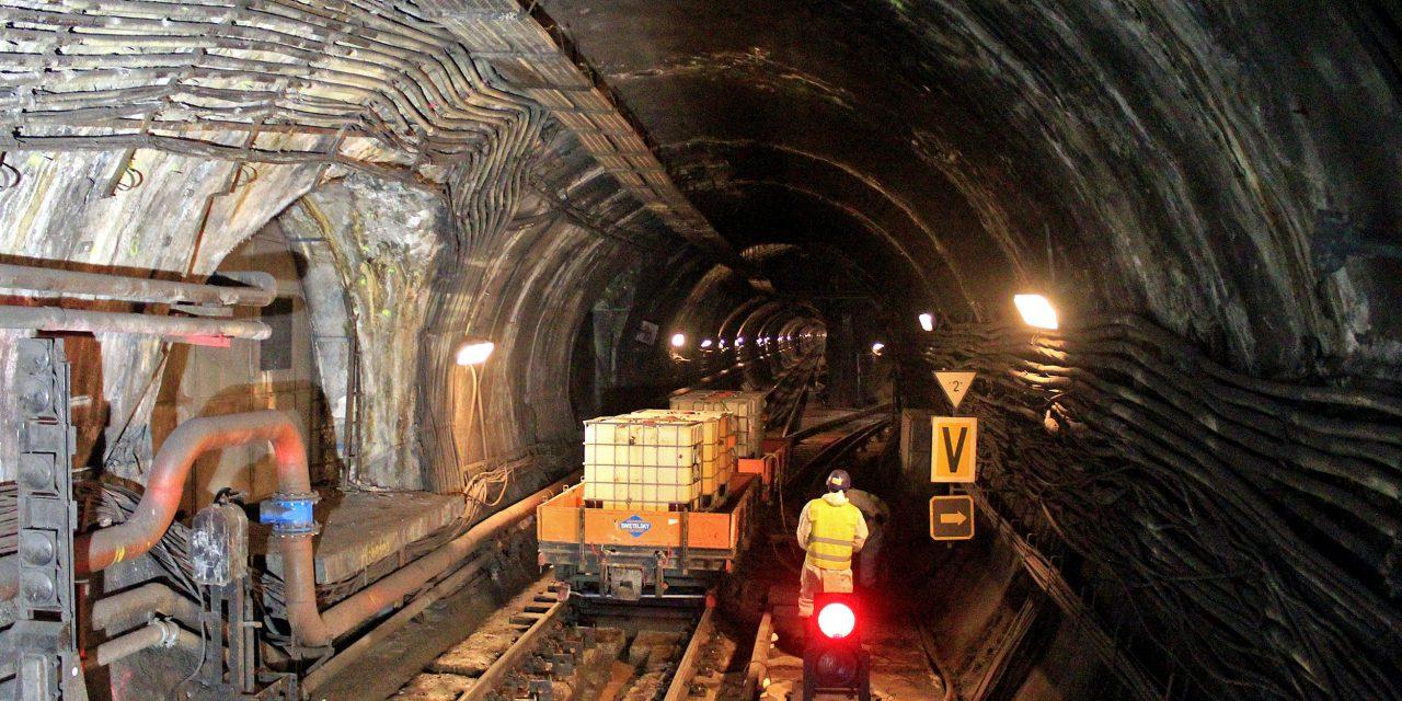 Metrófelújítás: a középső szakasz hét legmélyebben fekvő állomását korszerűsítik