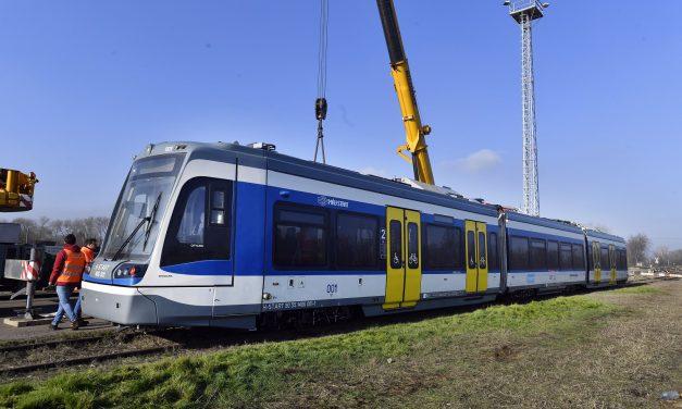 Megérkezett az első tram-train