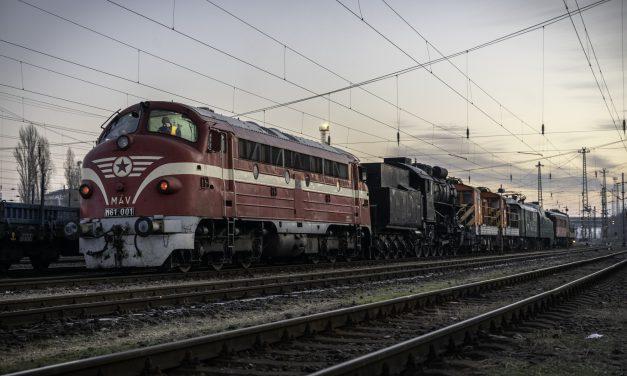 Megérkezett az első öt különleges vasúti jármű a Közlekedési Múzeum leendő helyszínére