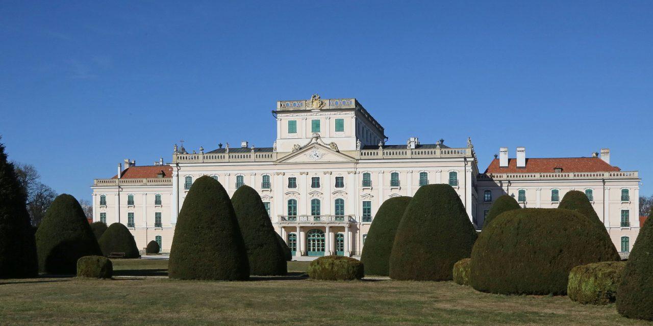 Fejlesztik a fertődi Esterházy-kastélyt