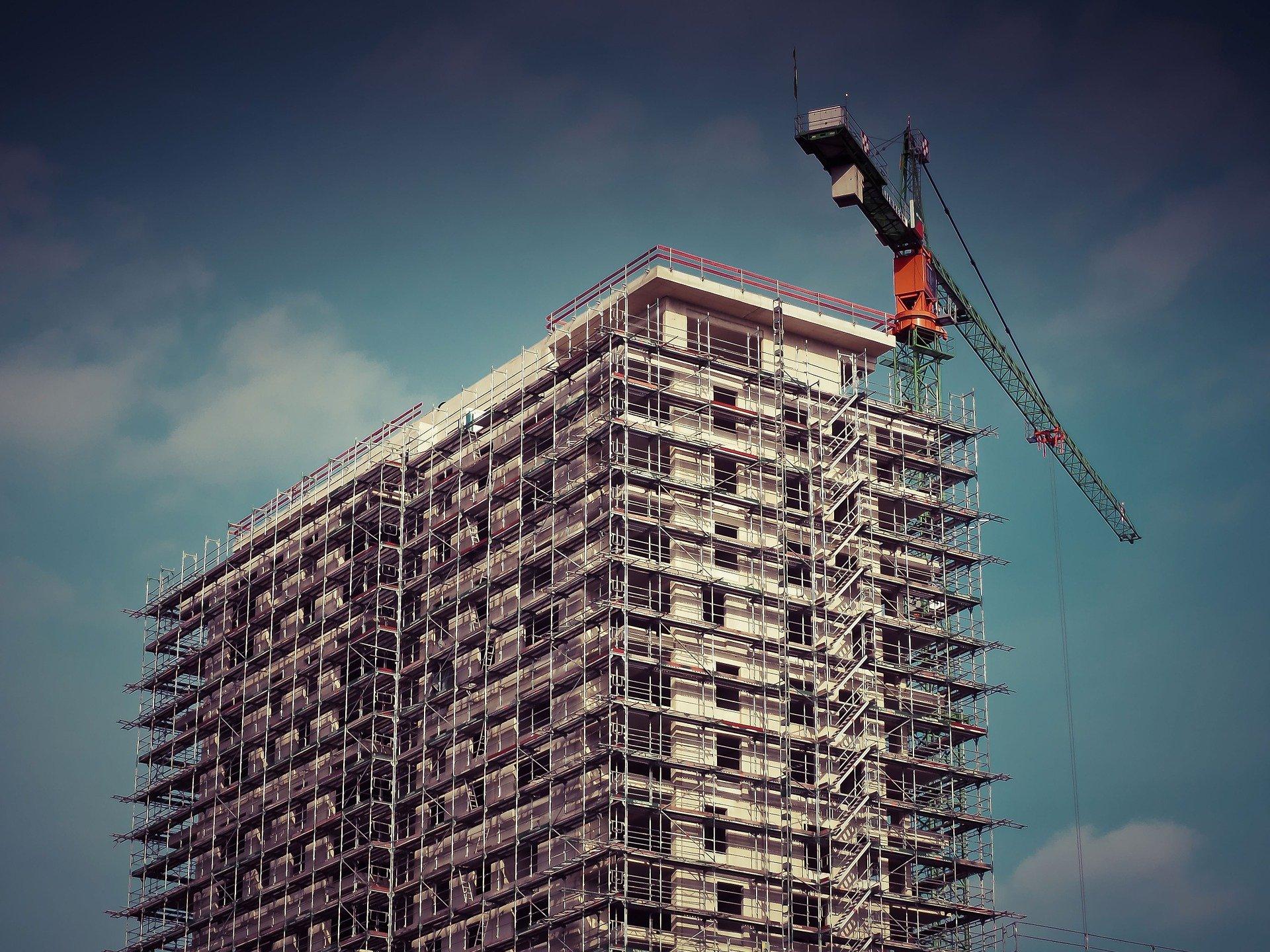 Folyamatos lakásépítési megrendelésekre számítanak az építési vállalkozók