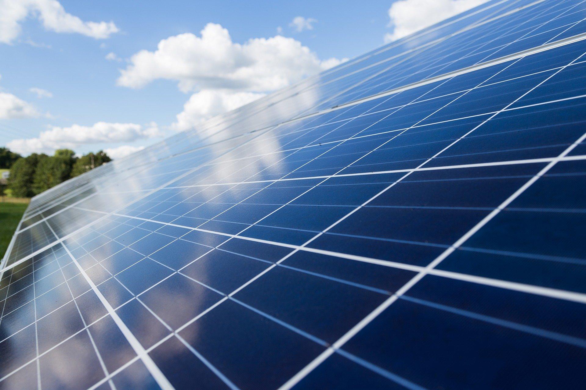 Naperőműhöz kapcsolódó energiatároló rendszert fejlesztenek