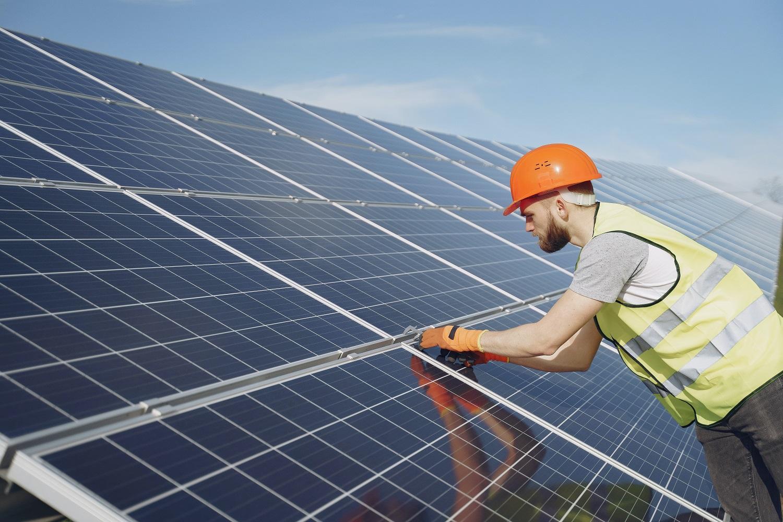 MEKH: tovább bővülhet a környezetbarát naperőmű-kapacitás