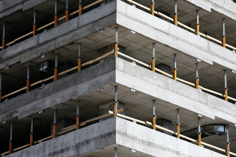 Kormányzati segítséget vár az építőipari nyersanyagok áremelkedése miatt az ÉVOSZ
