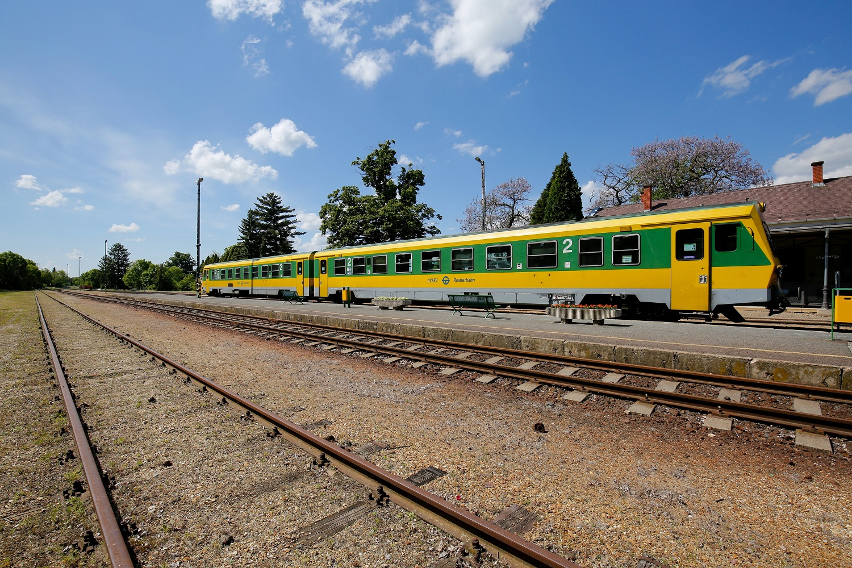 Megkezdődik a Kőszeg-Szombathely vasútvonal teljes felújítása