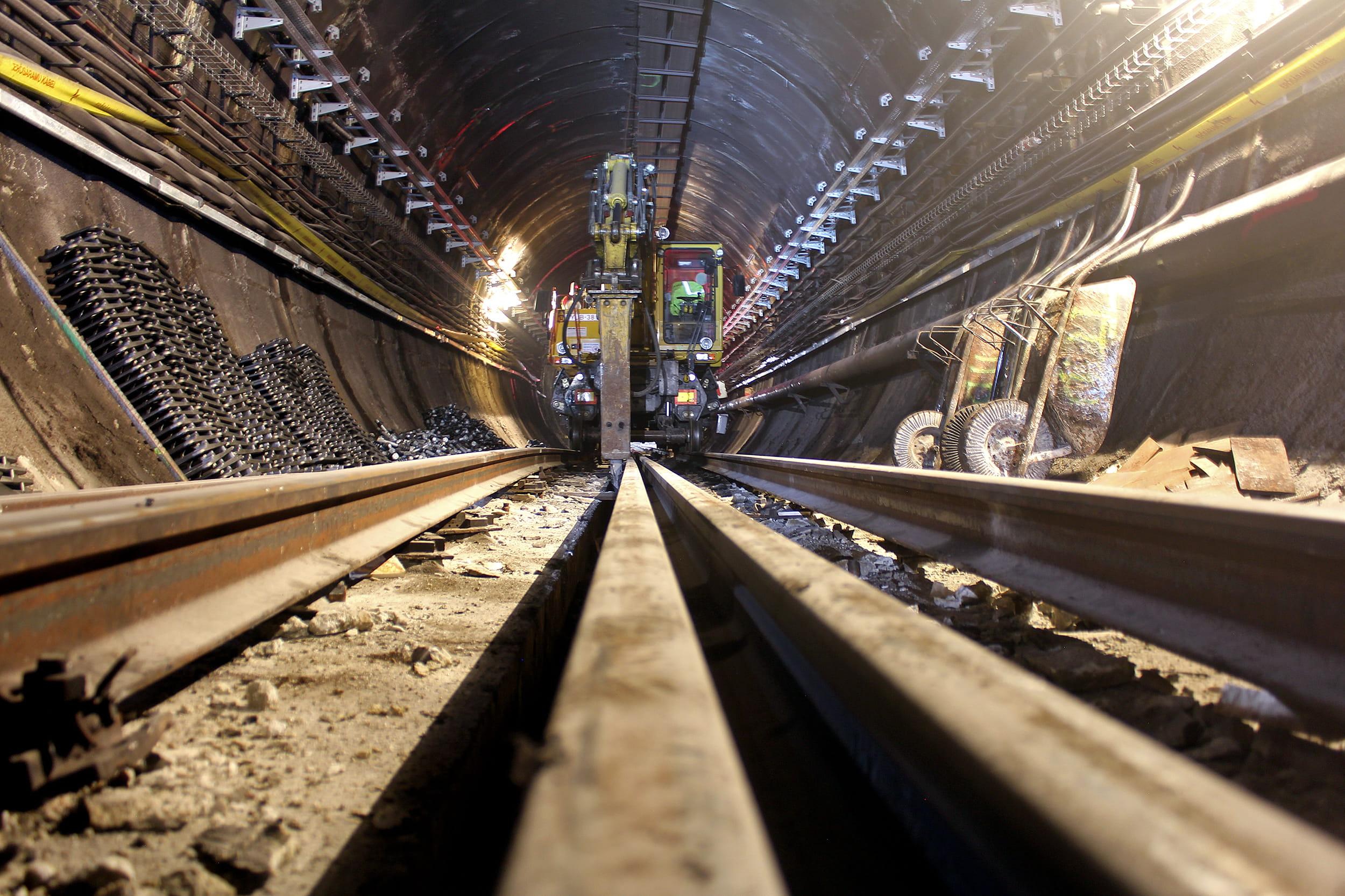 Metrófelújítás: az egy hónapos lezárás alatt minden tervezett munkát elvégeztek a szakemberek