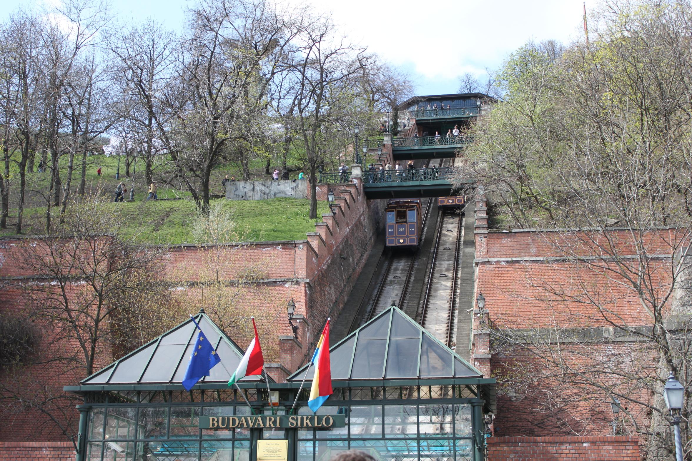 Nagyjavítási munkálatok kezdődtek a Budavári Siklón