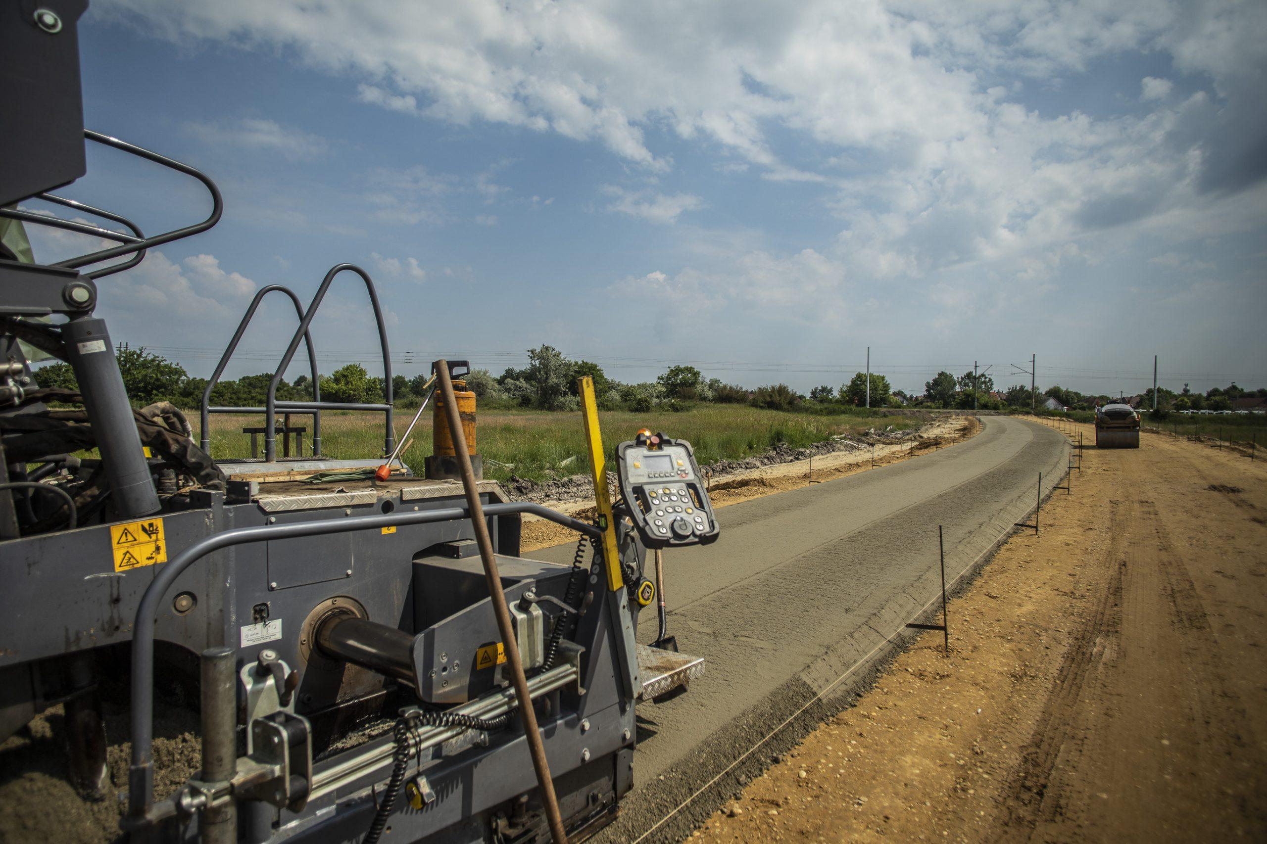 Az eddigieknél is nagyobb lendülettel folytatódik az országos közúthálózat korszerűsítése