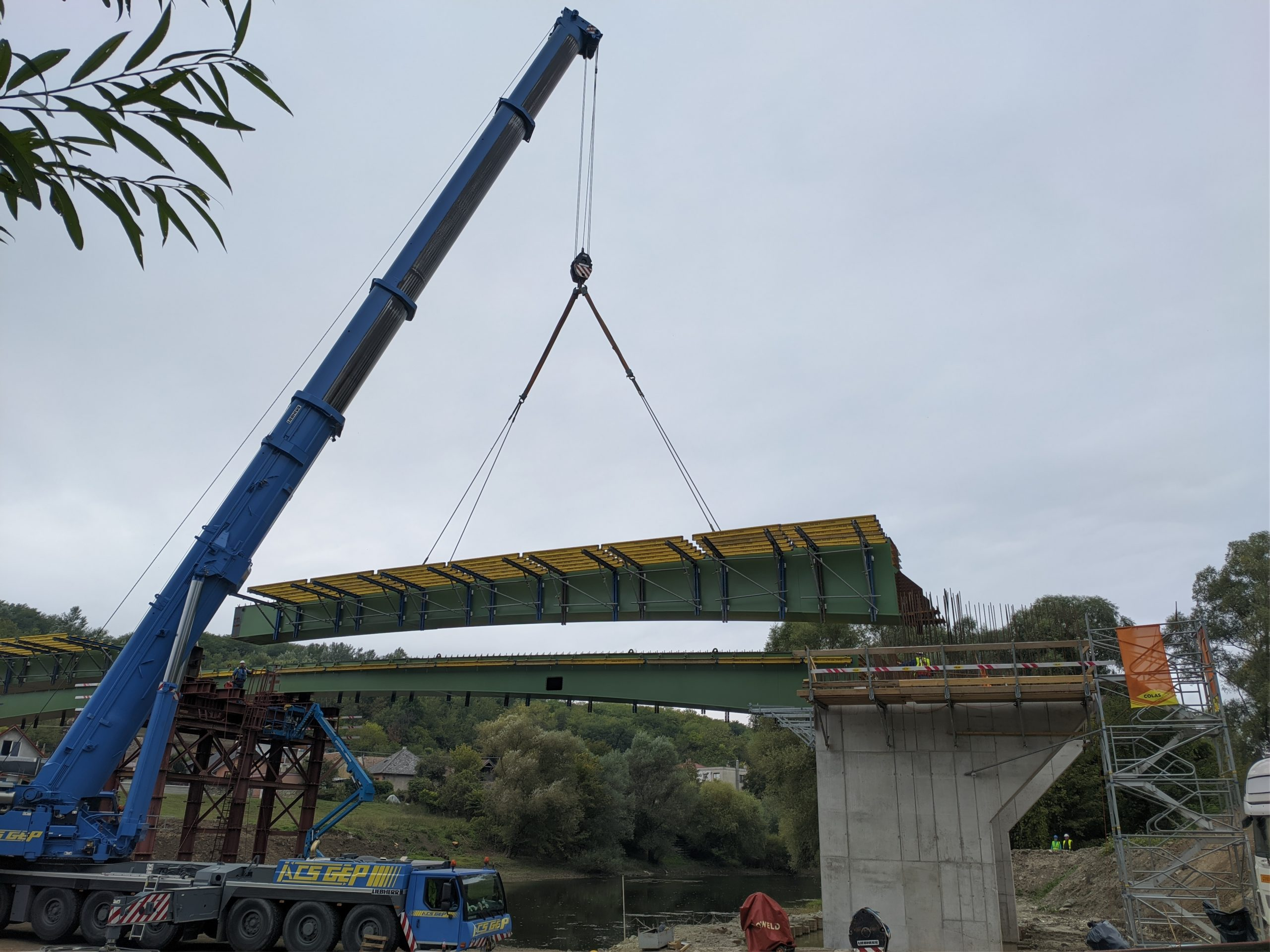 Kivitelezésének egyik mérföldkövéhez ért az Ipoly-híd